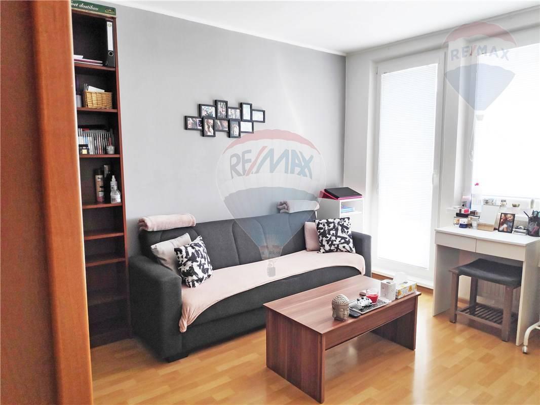 Predaj bytu (1 izbový) 38 m2, Bratislava - Rača -