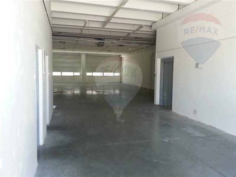 Prenájom skladových priestorov od 15 do 600 m výborná dostupnosť, výborná kvalita a cena