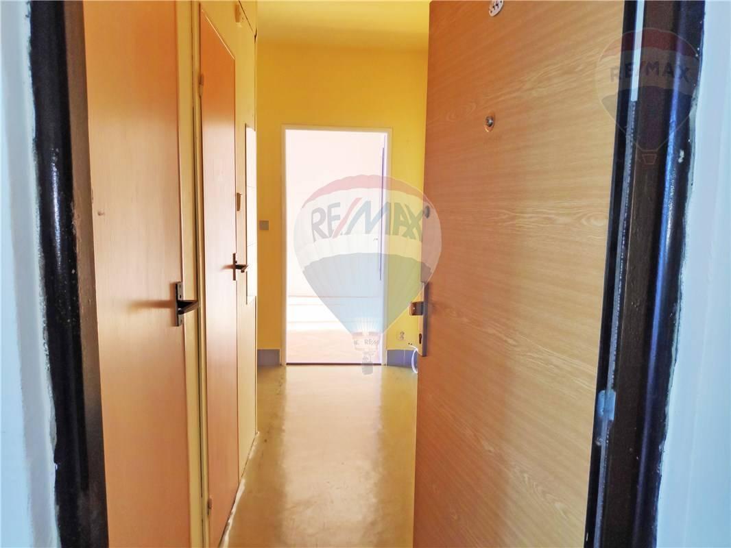 Predaj bytu (1 izbový) 36 m2, Bratislava - Nové Mesto -