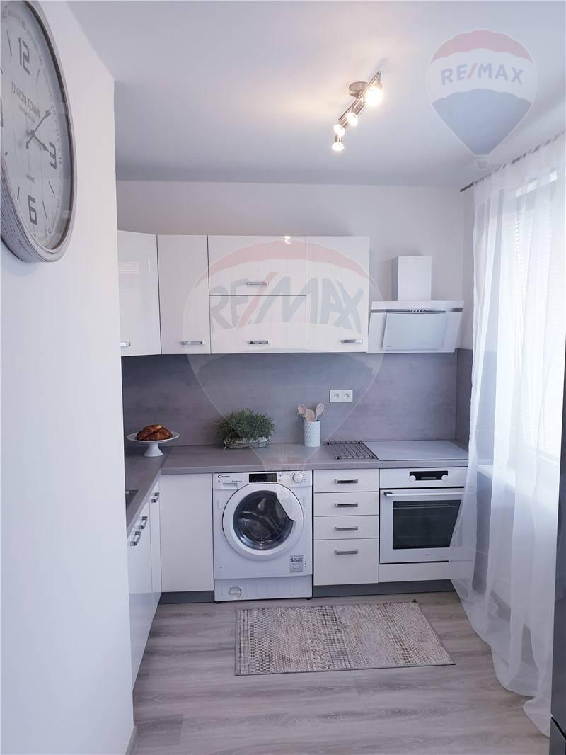 Ponúkame na prenájom 3,5 izbový byt v Ružinove
