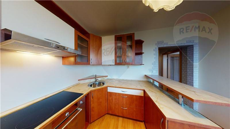 Na predaj zariadený 2 izbový byt v Ružinove TOP Lokalita