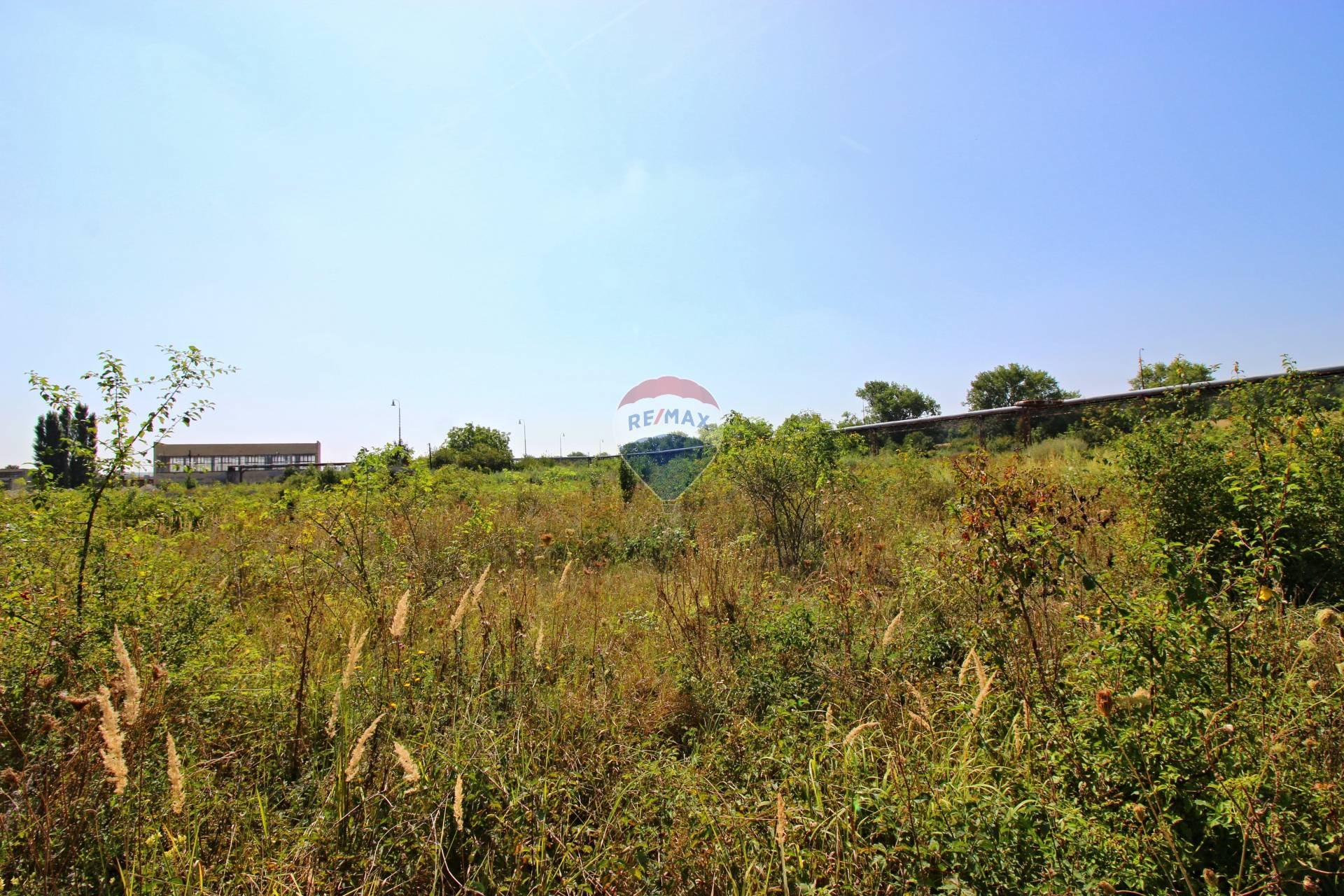 Predaj pozemku 28169 m2, Nitra -