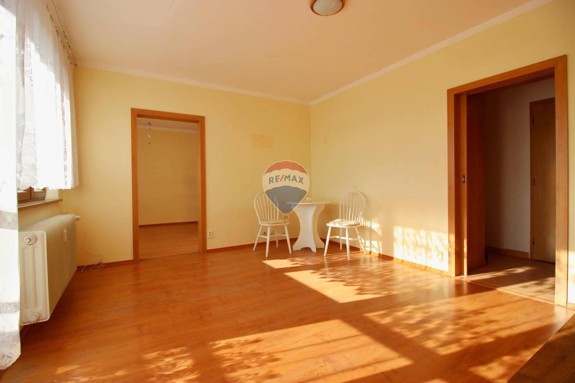 PREDAJ 3 izbový byt (72 m2), Tematínska ulica, Nové Mesto nad Váhom