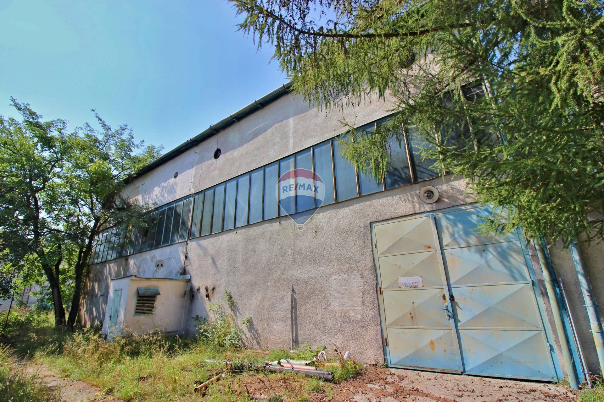 Prenájom komerčného objektu 309 m2, Nitra - PRENÁJOM komerčného objektu 365 m2, Nitra Dolné Krškany
