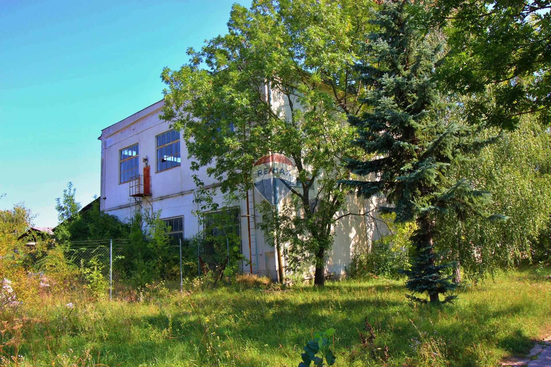 PREDAJ priemyselná budova s pozemkami 8520 m2, Nitra, Dolné Krškany