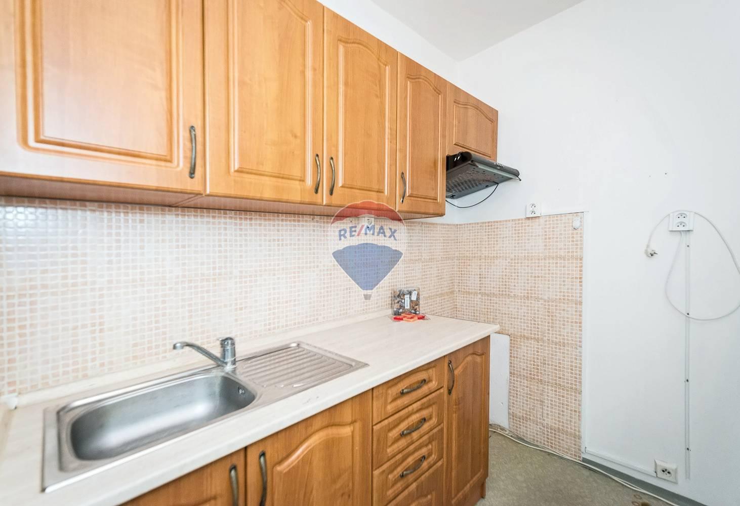 Predaj bytu (2 izbový) 40 m2, Stará Turá -