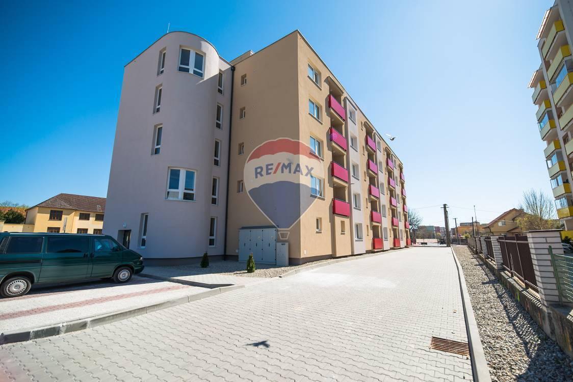 PRENÁJOM - 2 izb. bytov  (52m2) - Nové Mesto nad Váhom