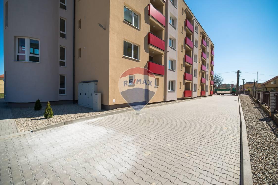 PRENÁJOM - 2 izb. byt  (52m2) - Nové Mesto nad Váhom