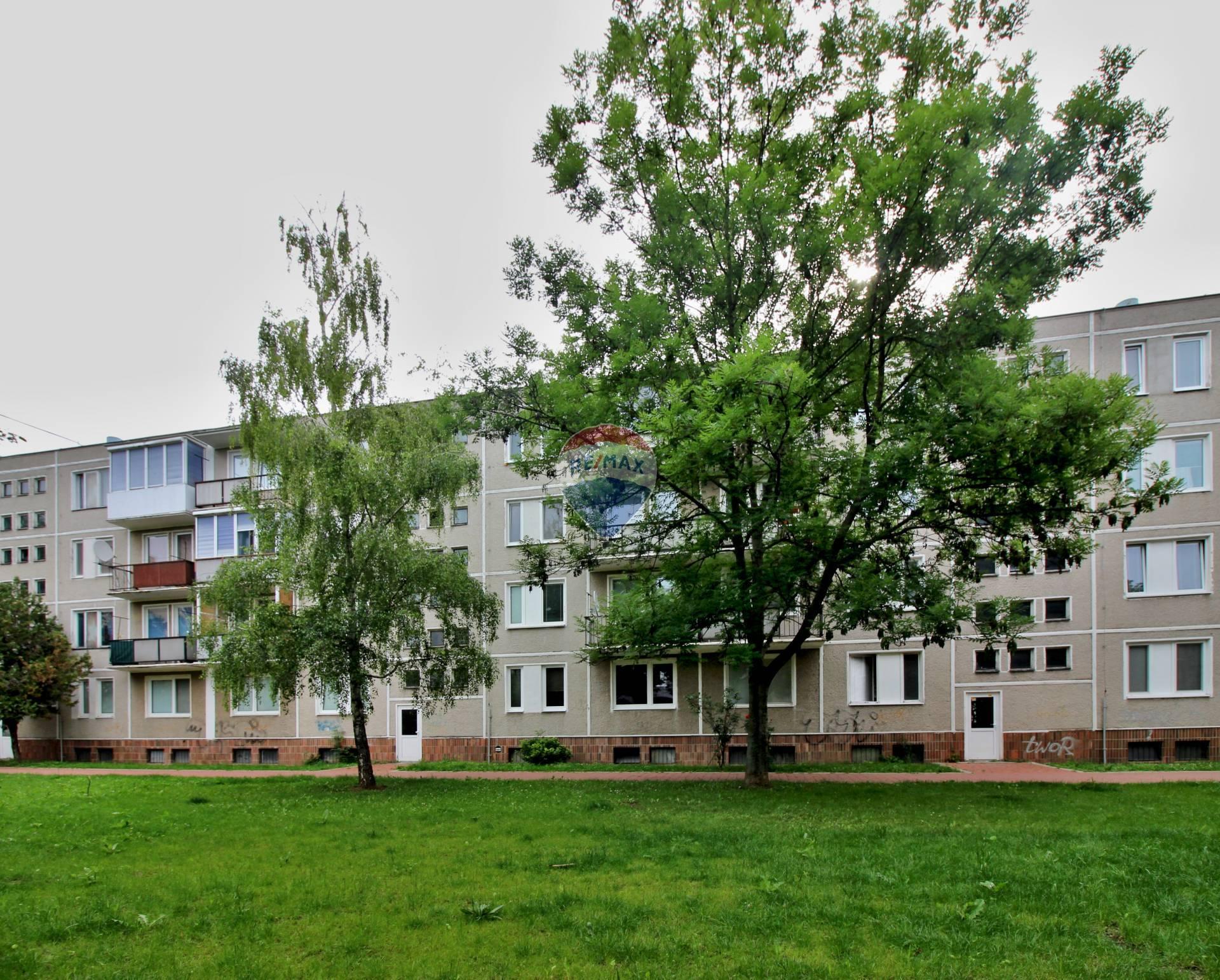 PREDAJ 1 izb.byt Dukelská ul., Nové Mesto nad Váhom