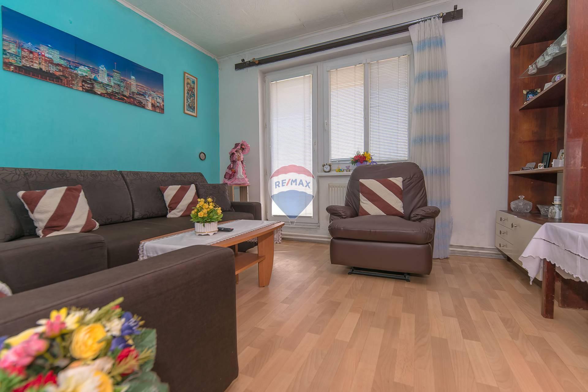 PREDAJ - 3,5 i byt (70,55m2) - Nové Mesto nad Váhom