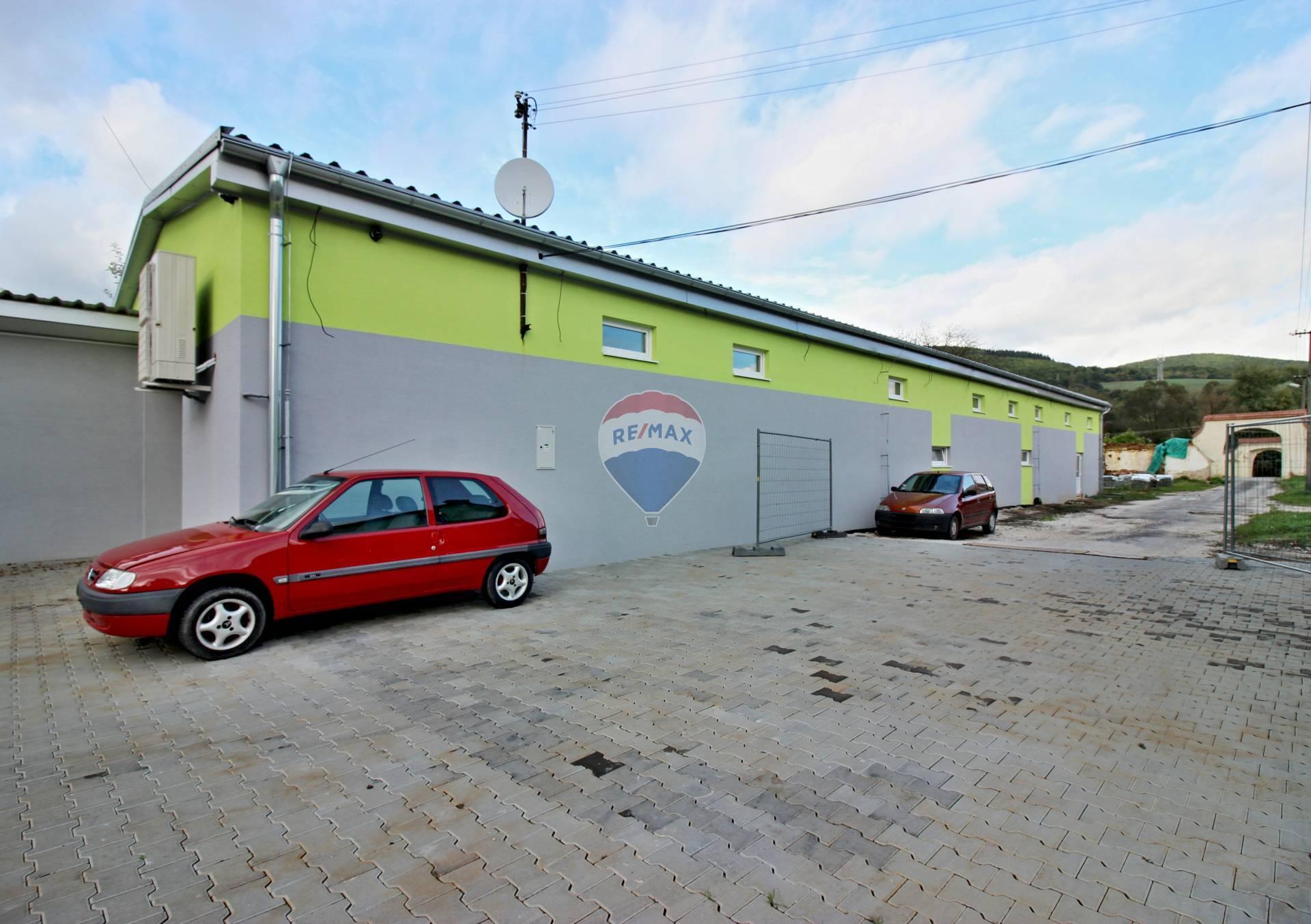 Prenájom komerčného objektu 262 m2, Zemianske Podhradie -