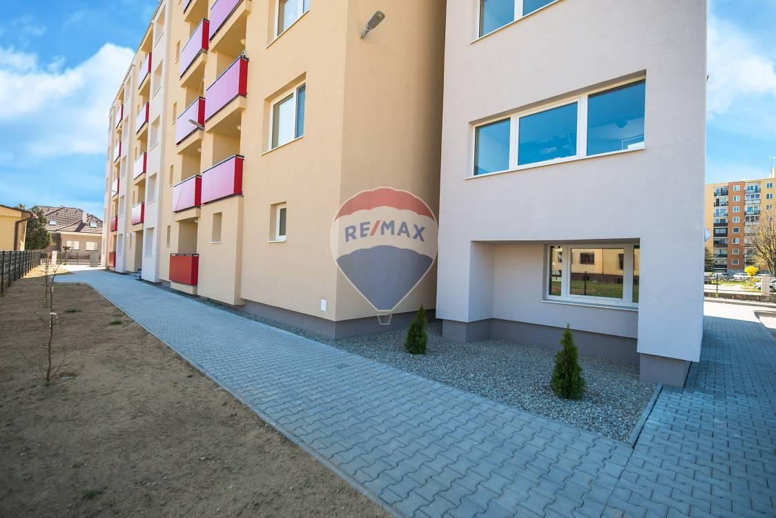 PRENÁJOM - 2 izb. byt - Nové Mesto nad Váhom