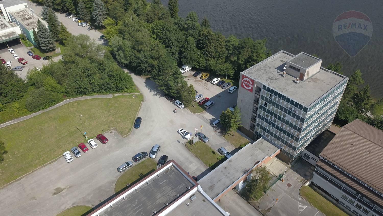 Predaj komerčného objektu 2453 m2, Žilina -