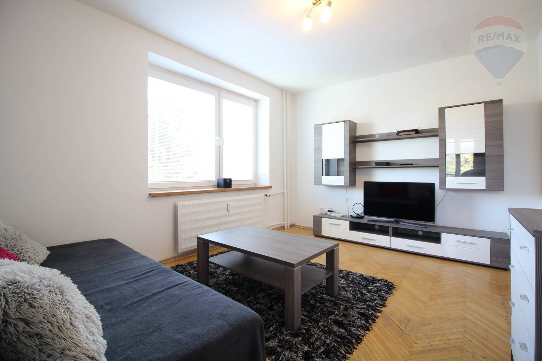 REZERVOVANÉ - Prenájom 3 izboveho bytu, Banská Bystrica - THK
