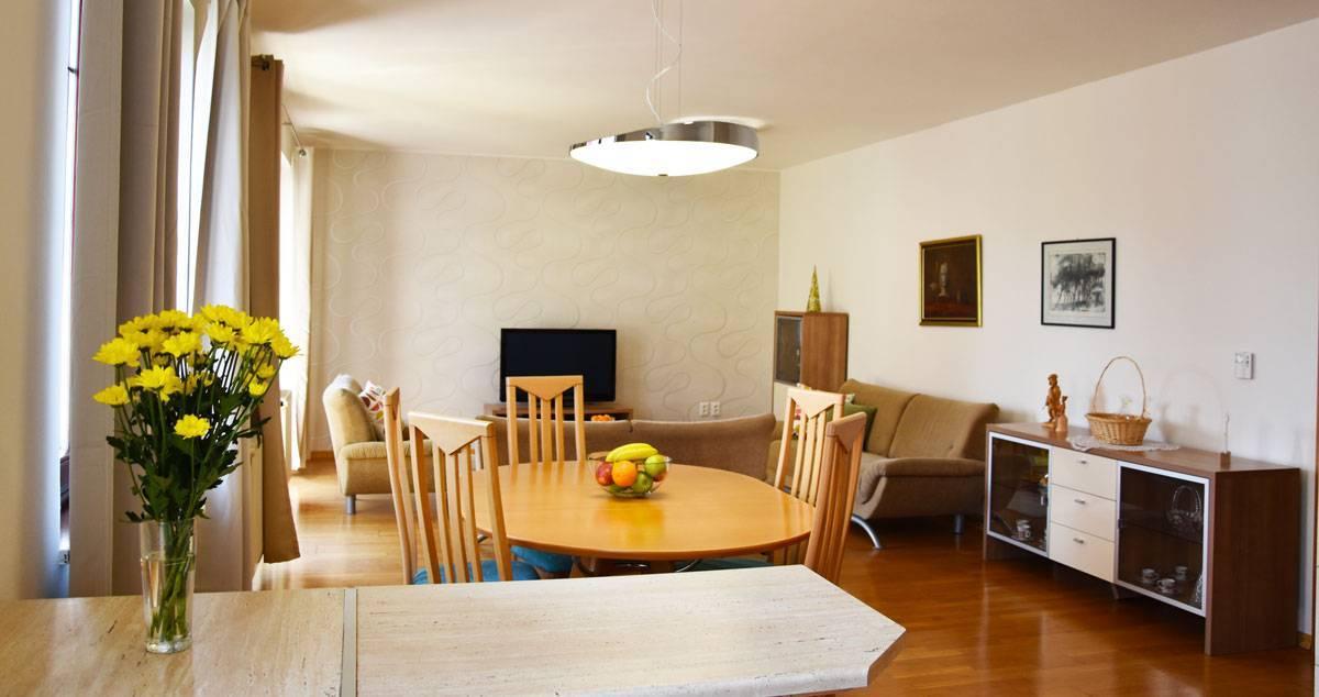 Na prenájom 4 izbový byt v Banskej Bystrici - Belveder