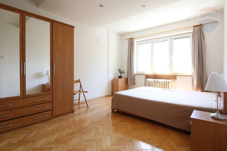 Prenájom 2 izbový byt s veľkou lodžiou Žilina - Hliny 4