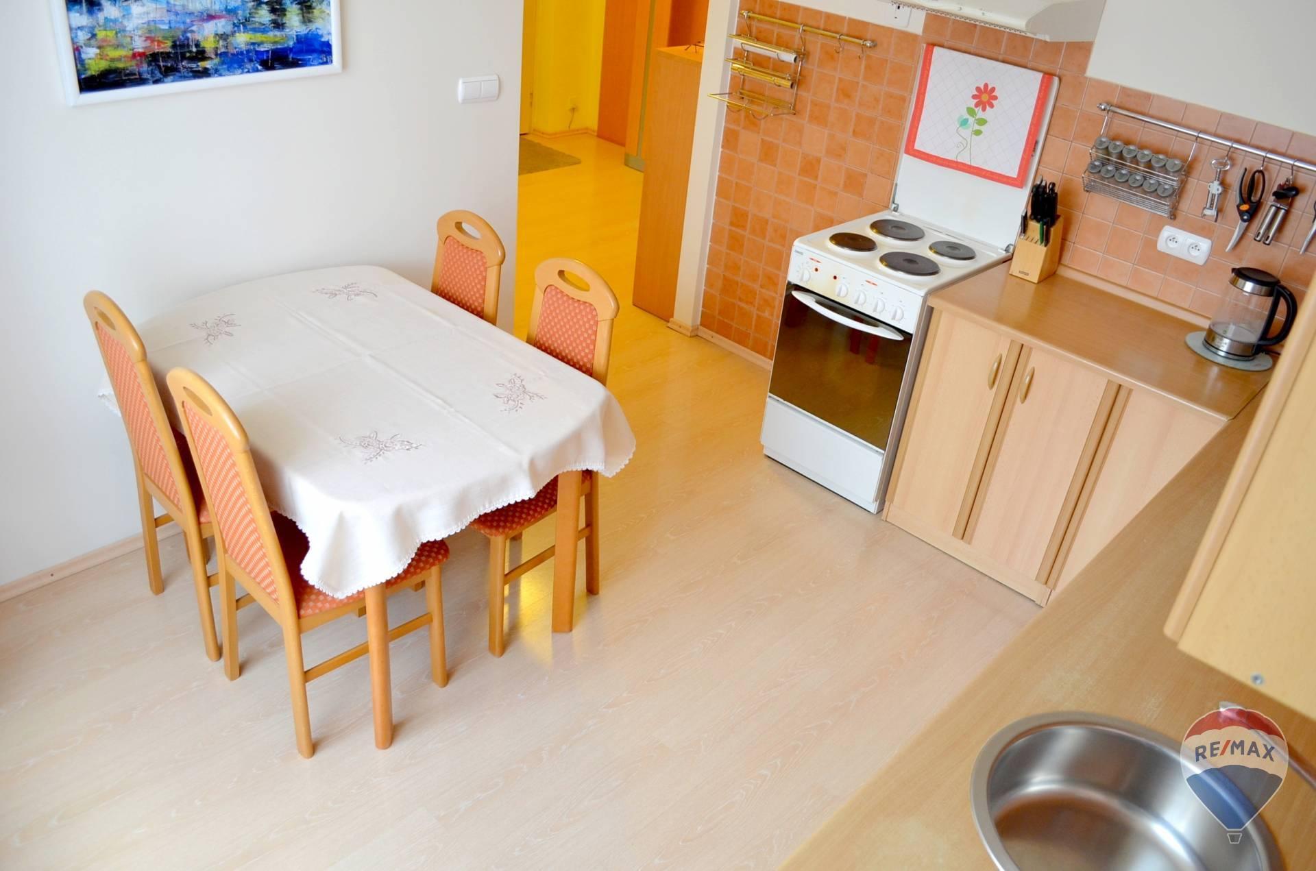 Na predaj 2-izbový byt, Trenčín, Pod Sokolice