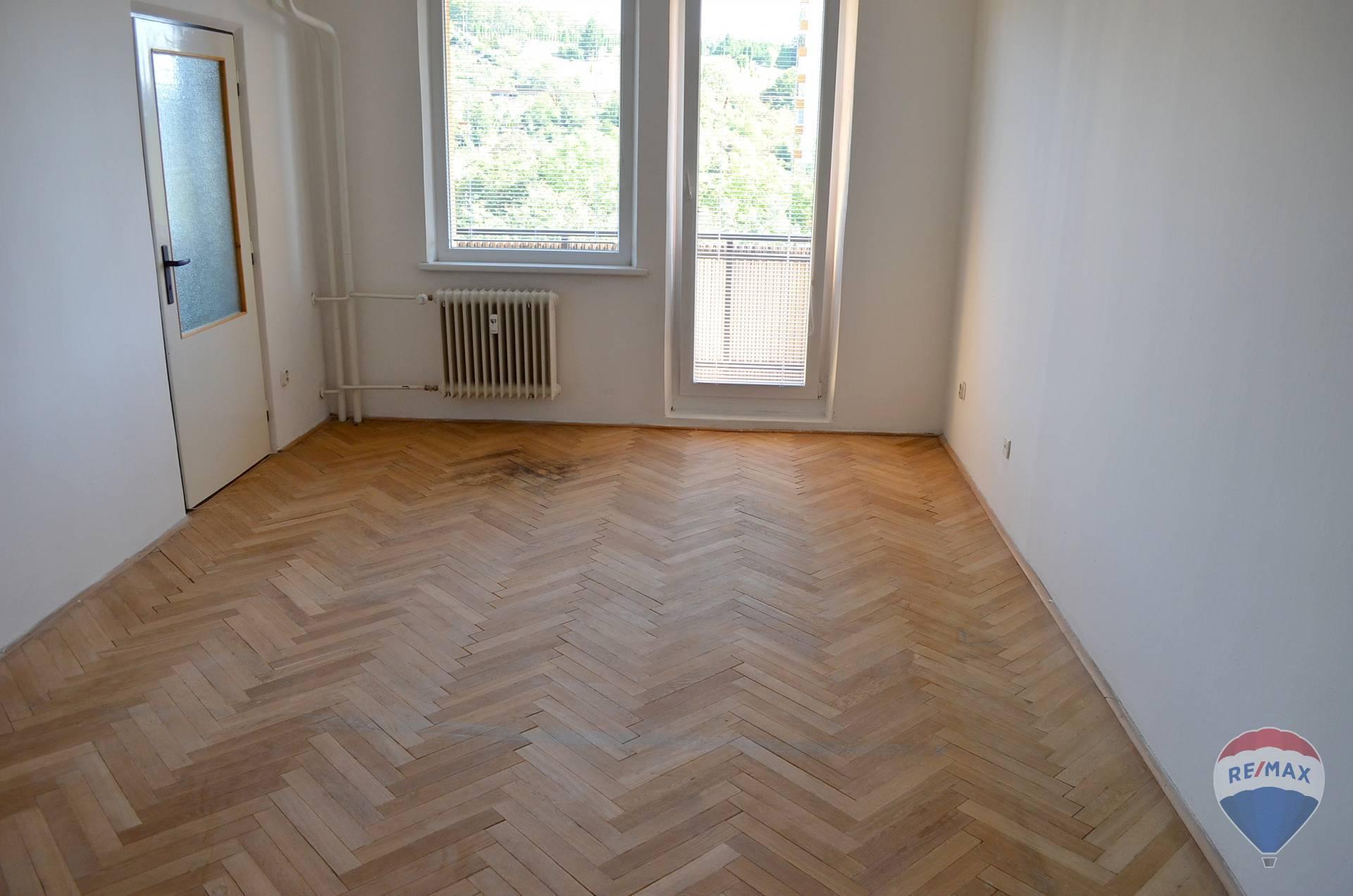 Predaj bytu (3 izbový) 75 m2, Trenčín -