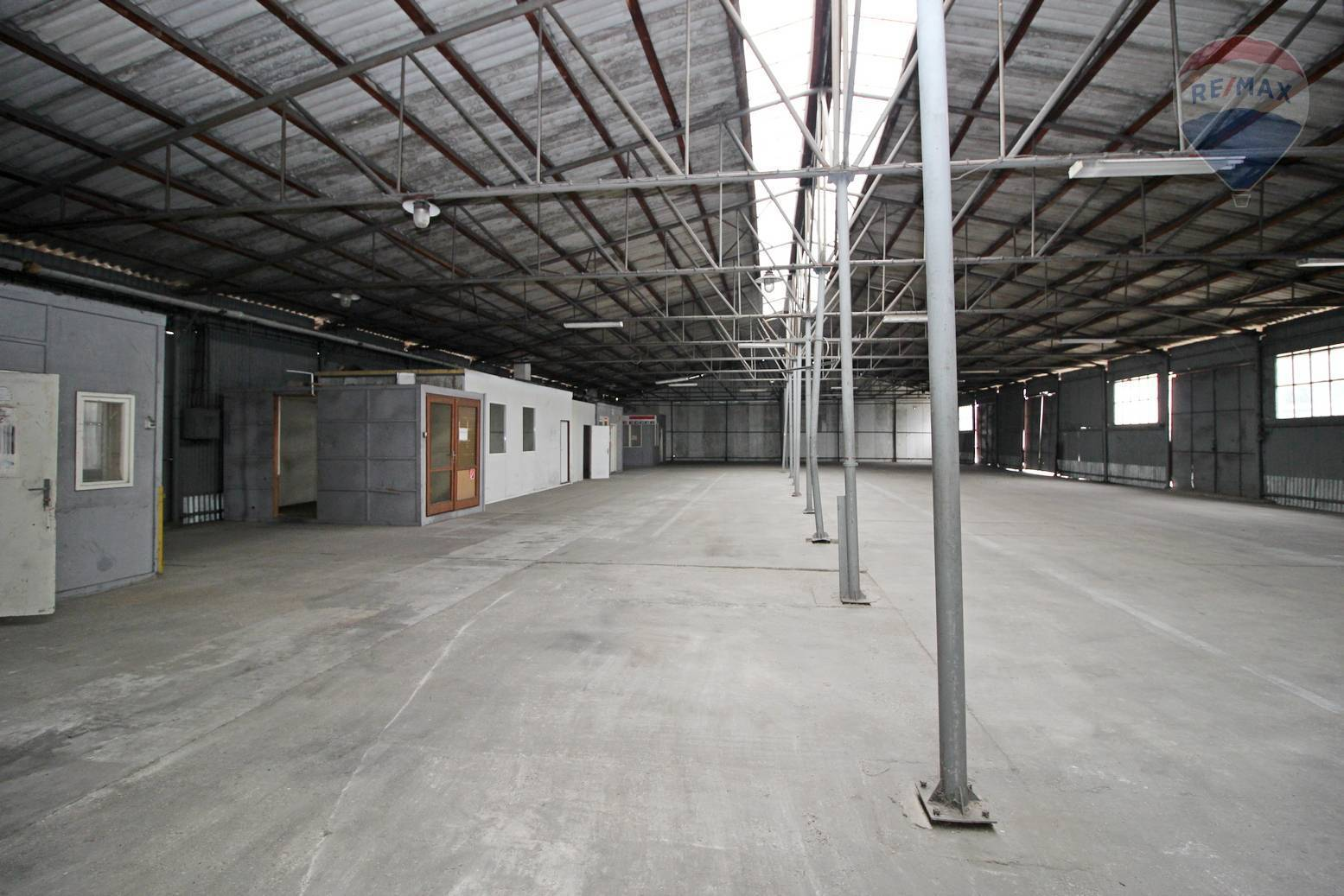 Skladový priestor na prenájom Galanta 1375 m2