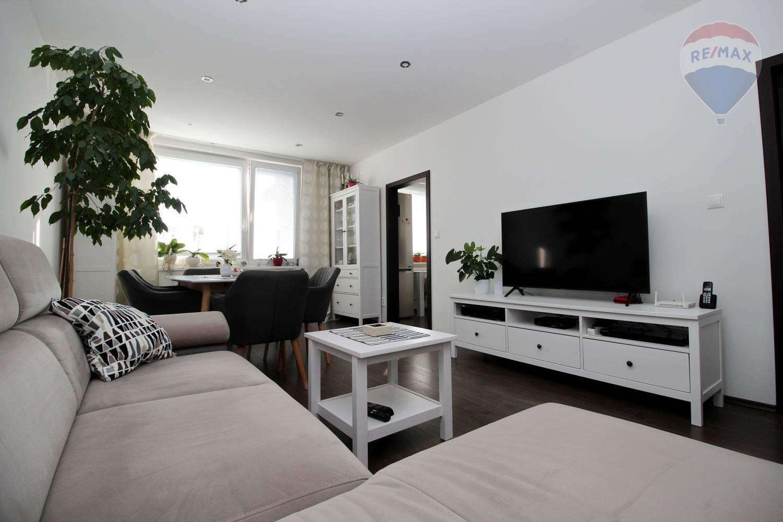 Na predaj krásny svetlý 3 izbový byt po rekonštrukcii Sládkovičovo