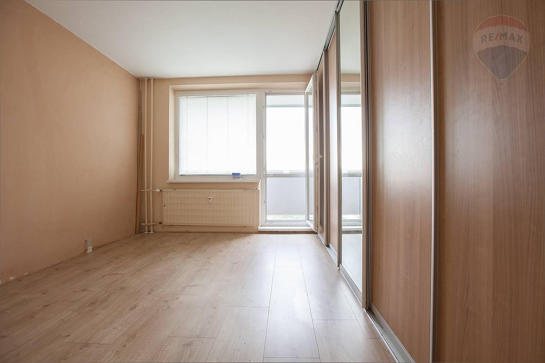 Na predaj 2-izbový byt v Malackách