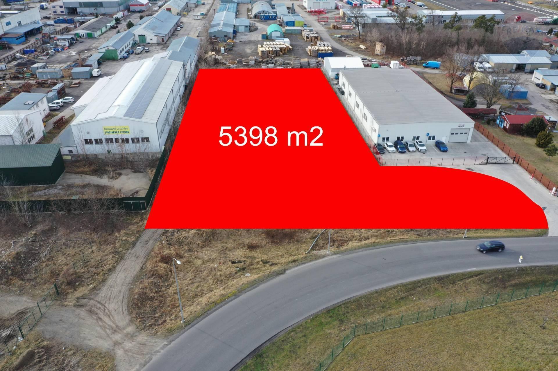 Na predaj stavebný pozemok pre komerčný objekt