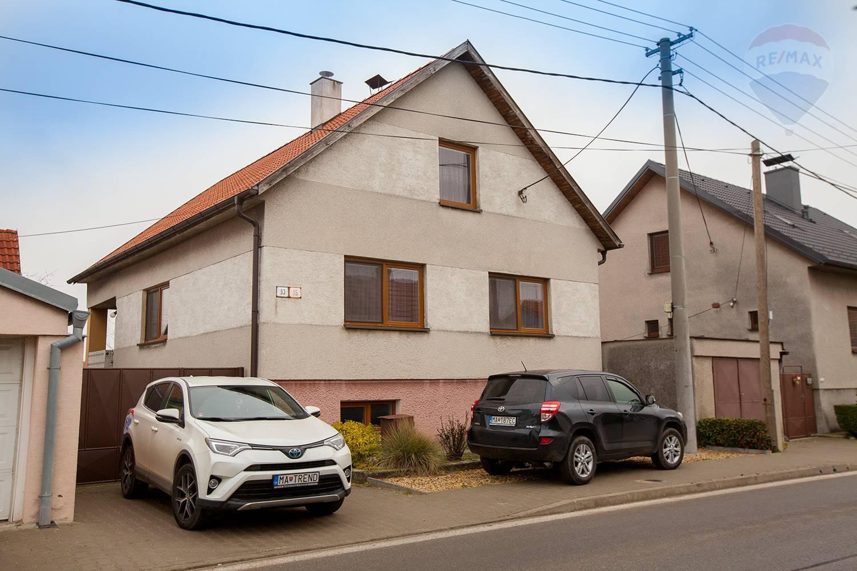Na predaj rodinný dom v Zohore