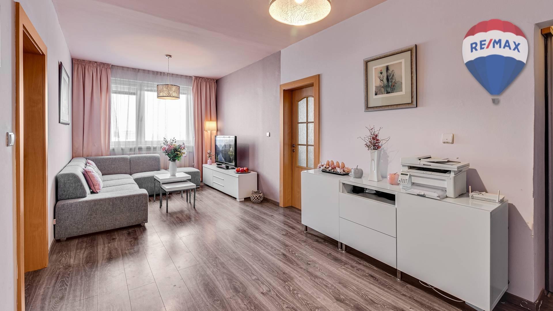 REZERVOVANÝ: Príjemne zľadený 3 izb. byt Sabinovská ulica Ružinov
