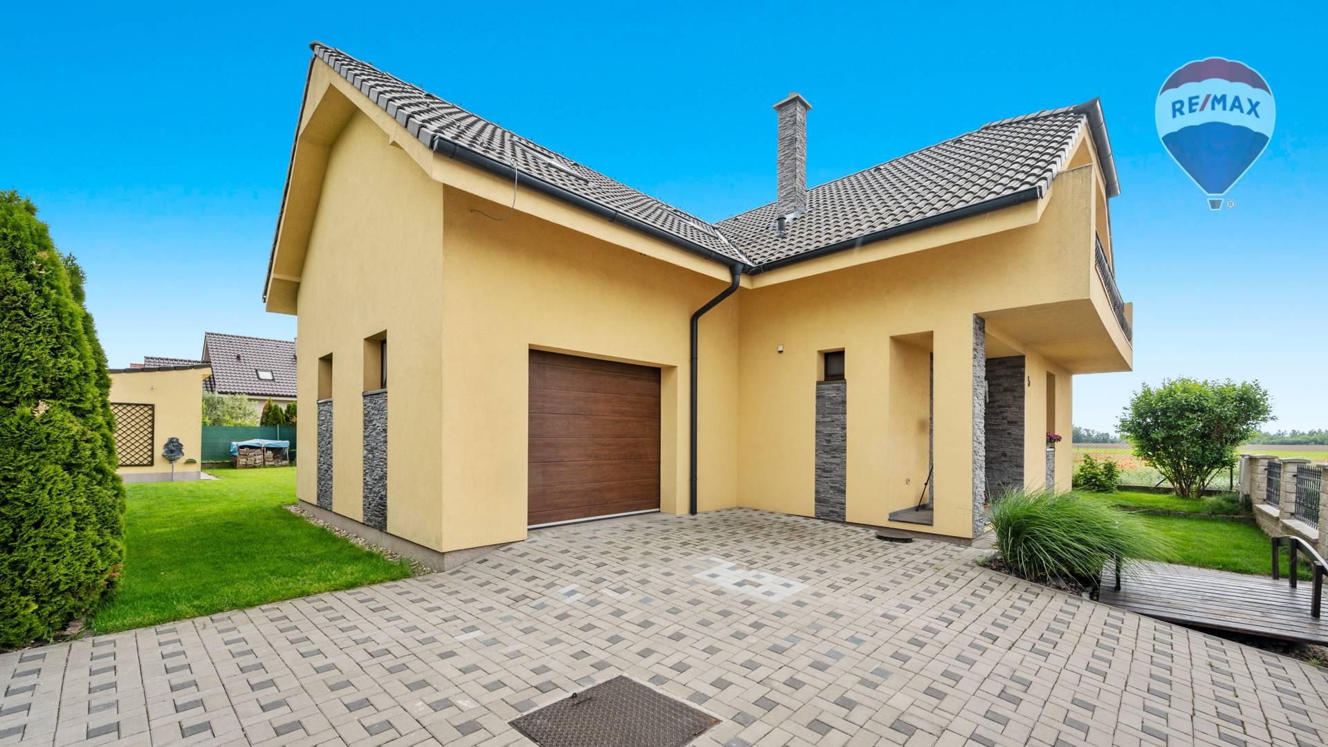 Predaj domu 158 m2, Tomášov - Exteriér