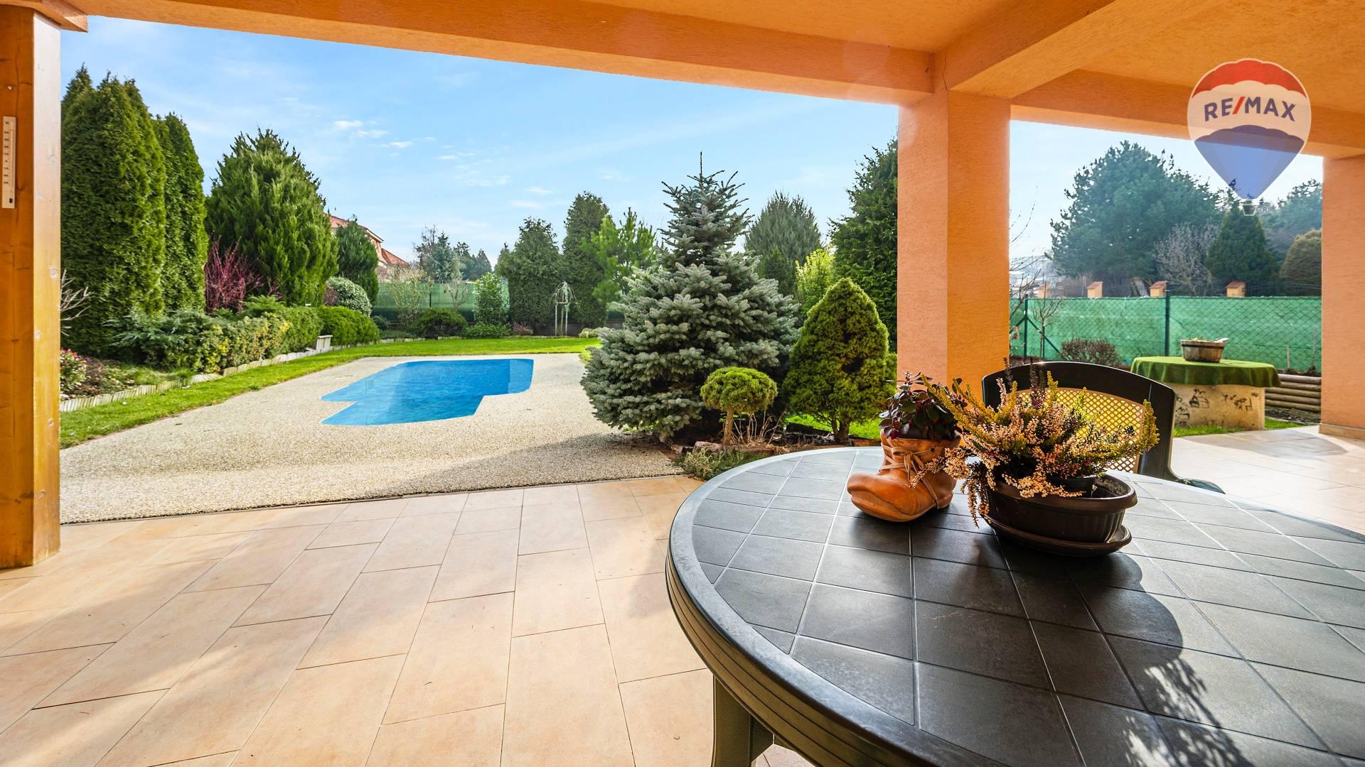 Predaj domu 207 m2, Nitra - terasa