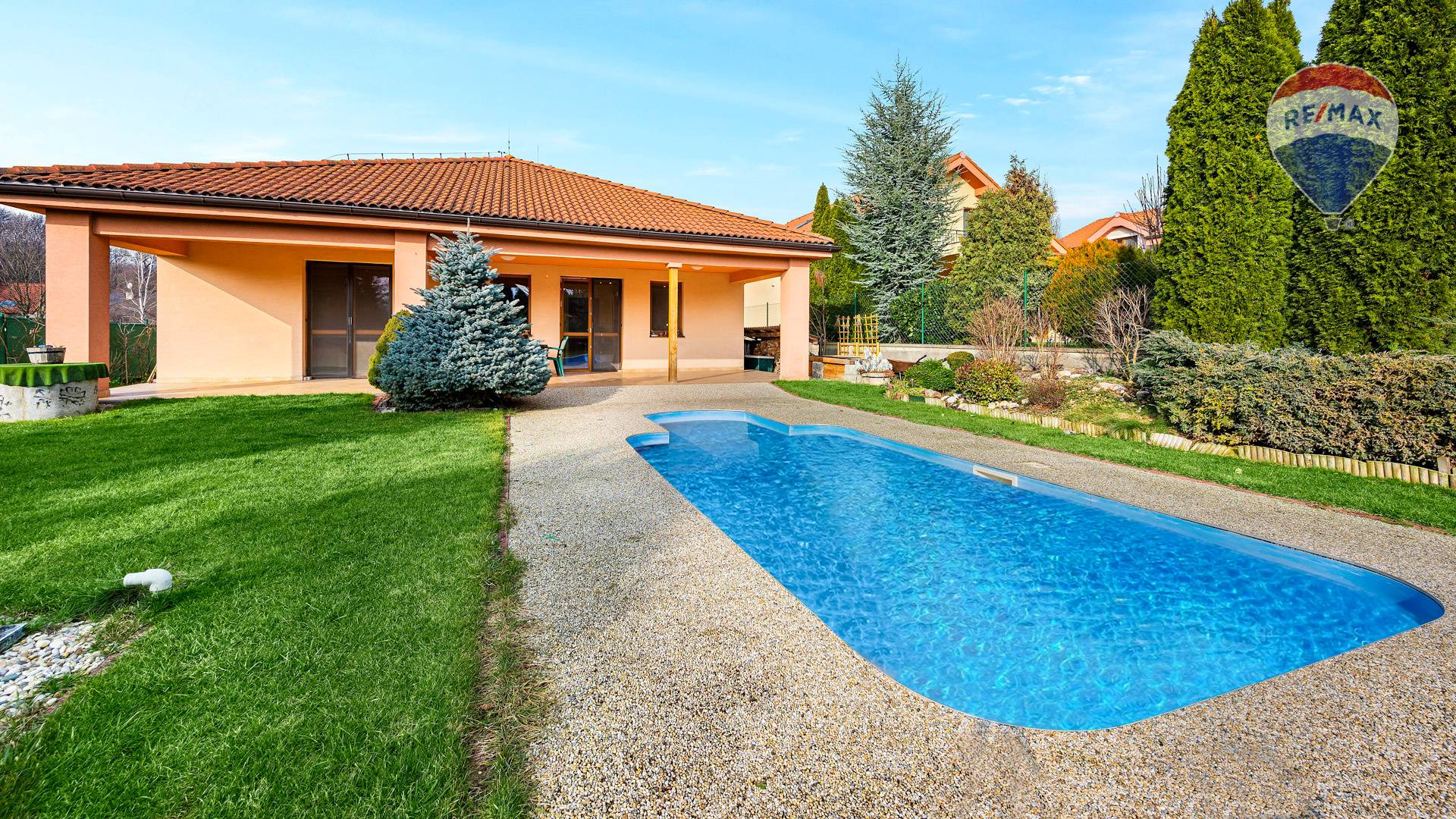 Predaj domu 207 m2, Nitra - Rodinný dom s bazénom