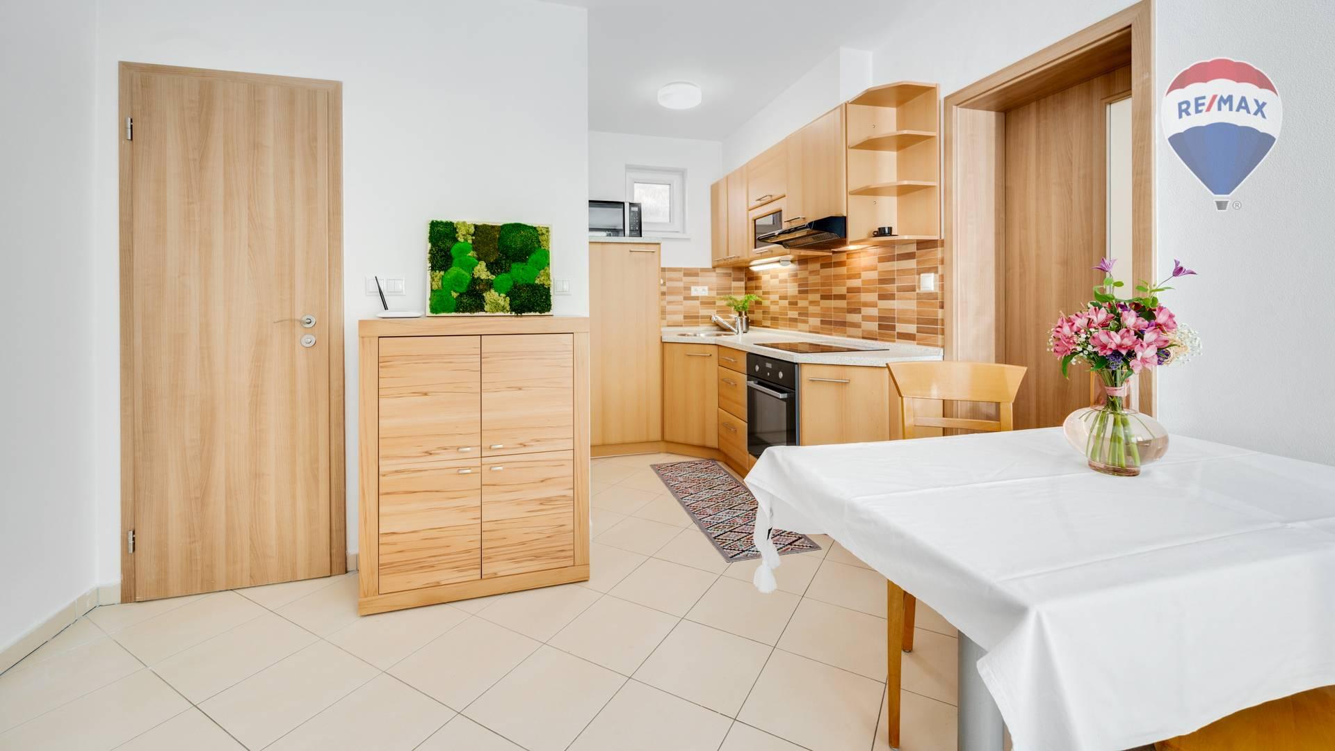 Útulný 2 izbový byt na prenájom, Rusovce, BA