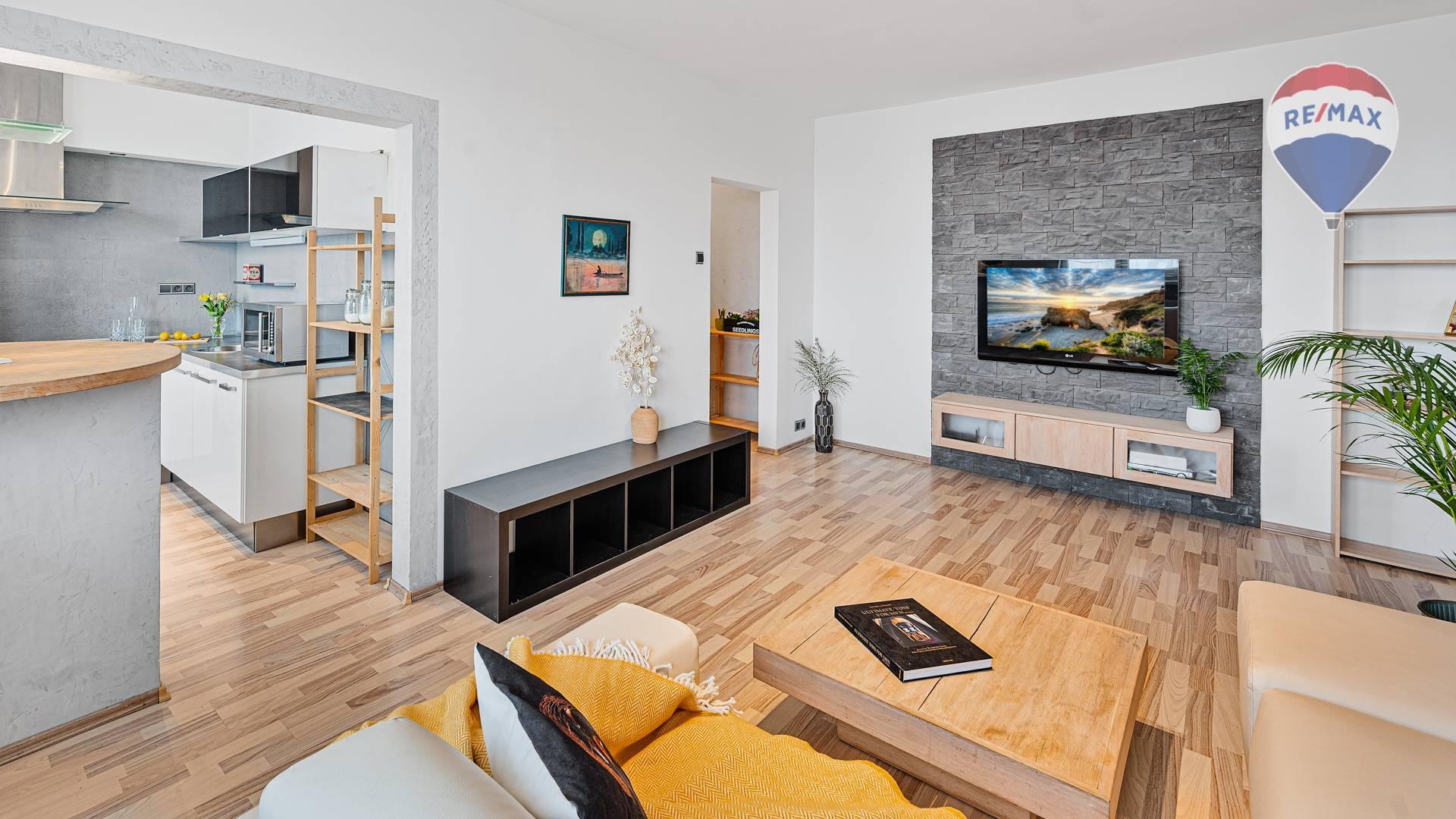 Predaj bytu, 2 izbový svetlý zariadený byt, Bratislava-Ružinov