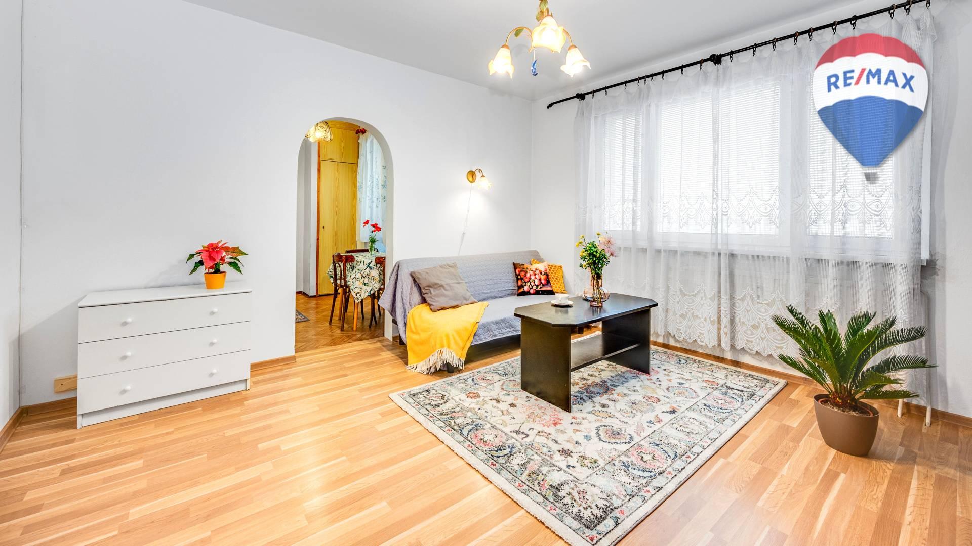 Tichý 2 izbový byt s loggiou na Veternicovej ulici, BA IV.