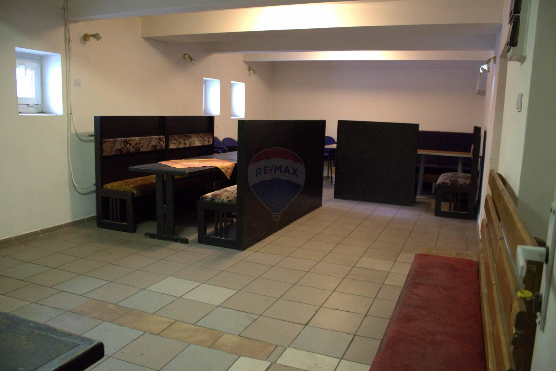 Prenájom komerčného priestoru 74 m2, Dolný Kubín