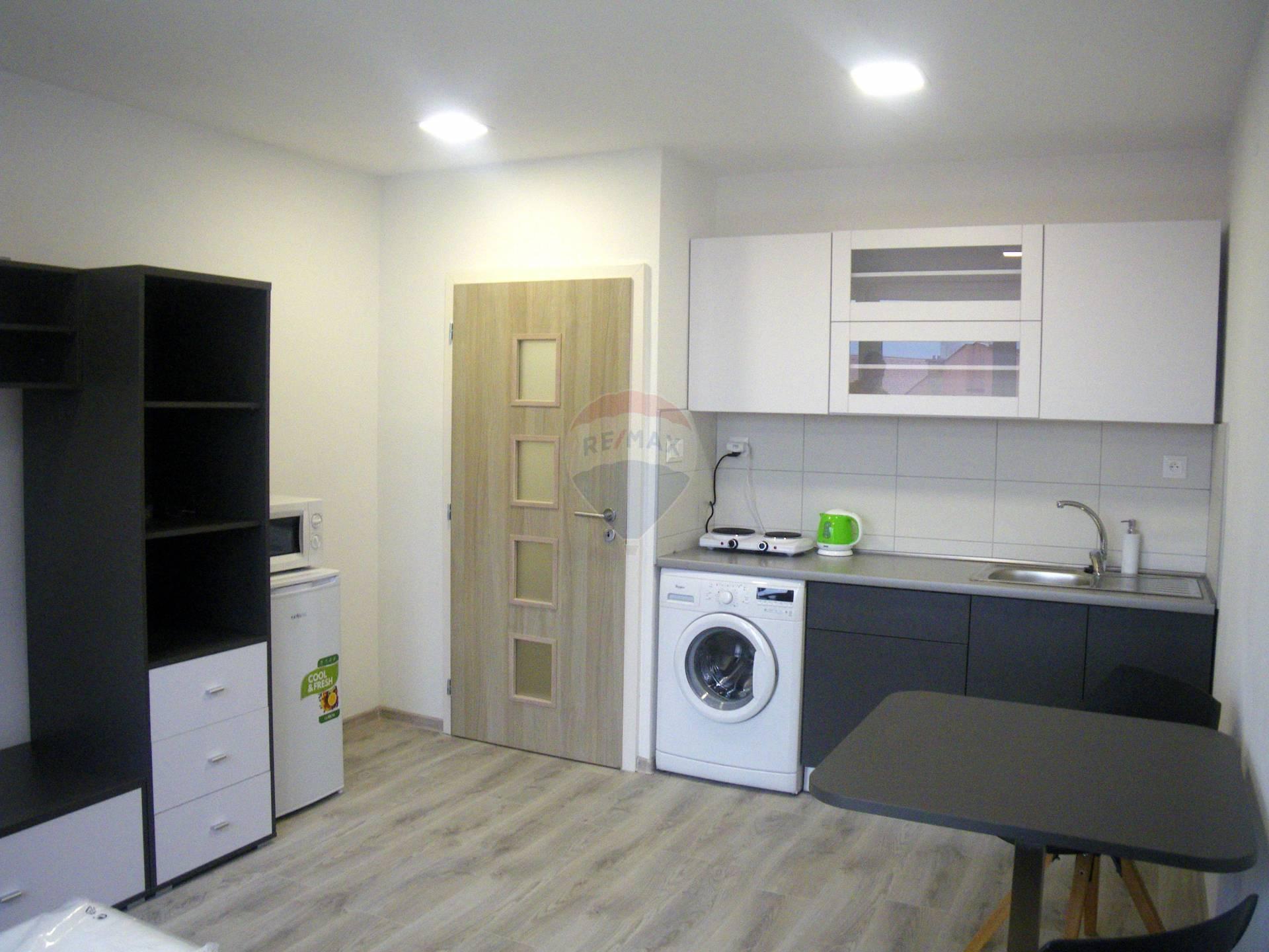 Prenájom bytu (garsónka) 25 m2, Ružomberok