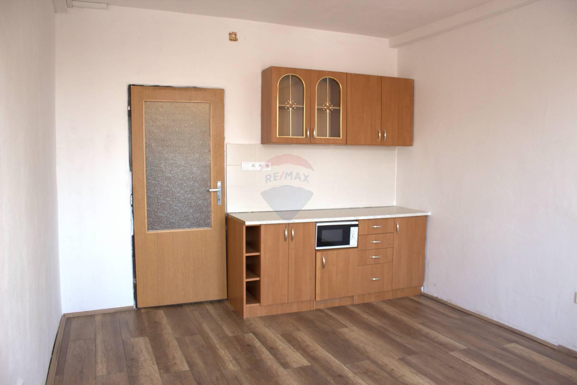 Predaj bytu (garsónka) 25 m2, Turany
