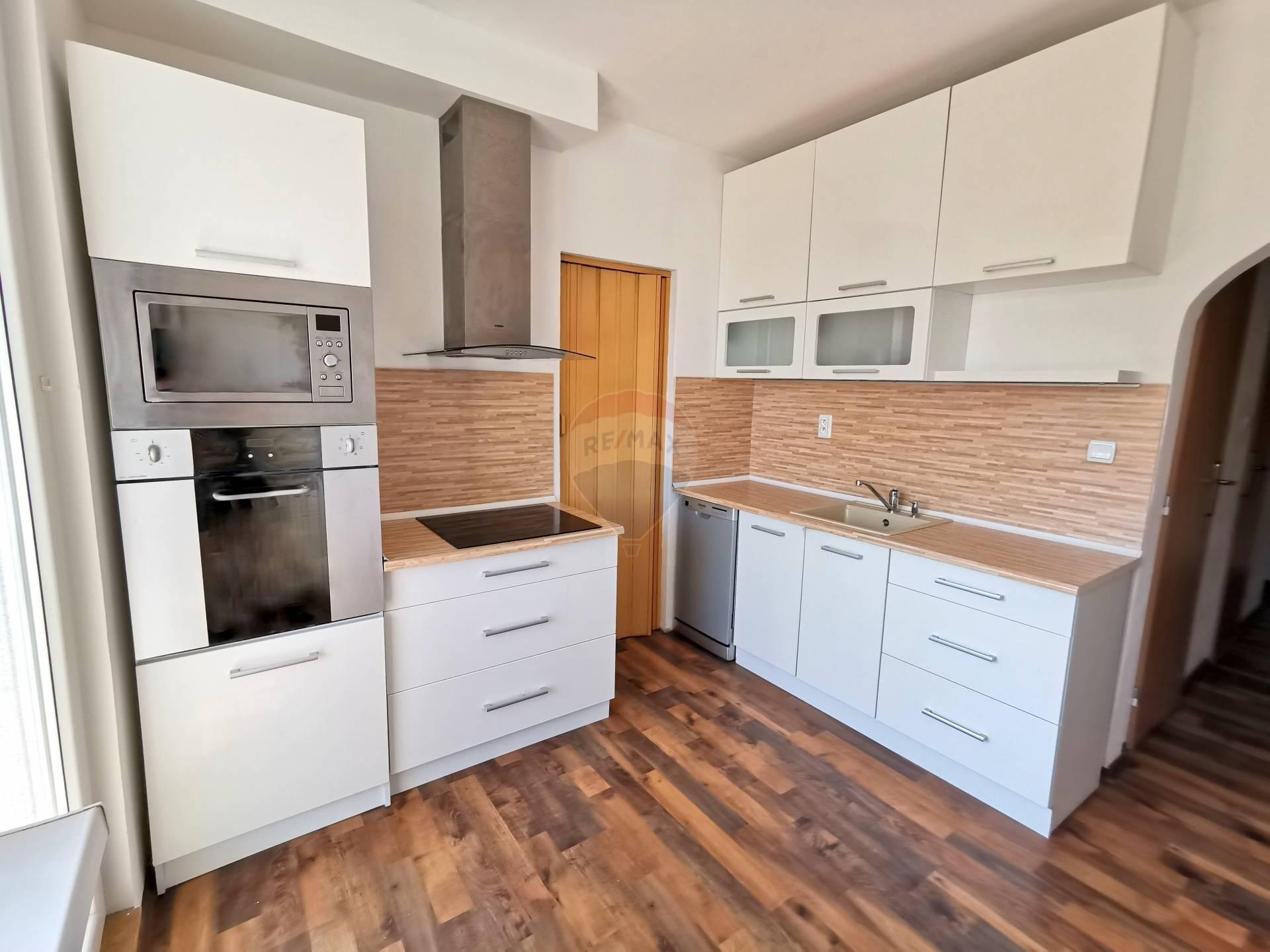 NA PREDAJ 3 izbový byt  v Martine, Košúty - ZNÍŽENÁ CENA