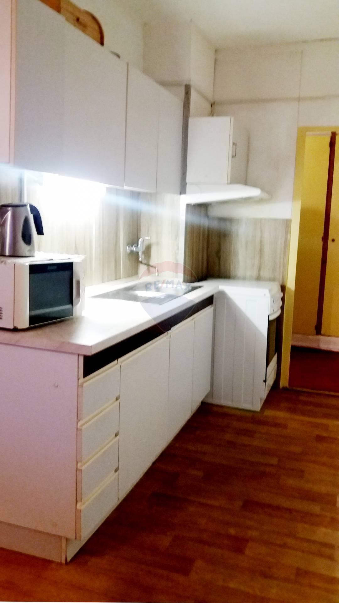 Na prenájom 3-izbový byt (67m2) v Nitre na ulici Ľudovíta Okánika.