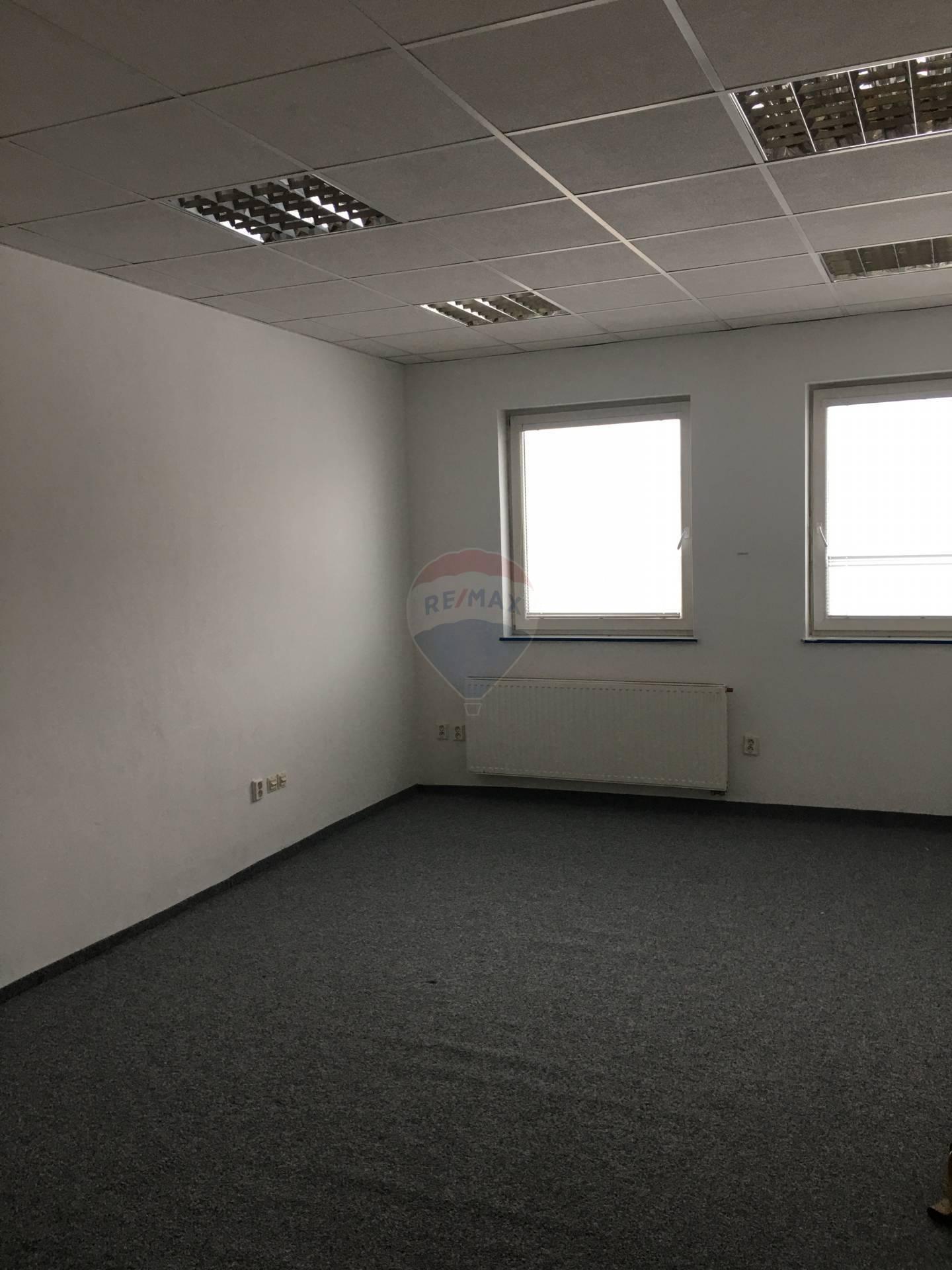 Kancelársky priestor na prenajom, širšie centrum Martin