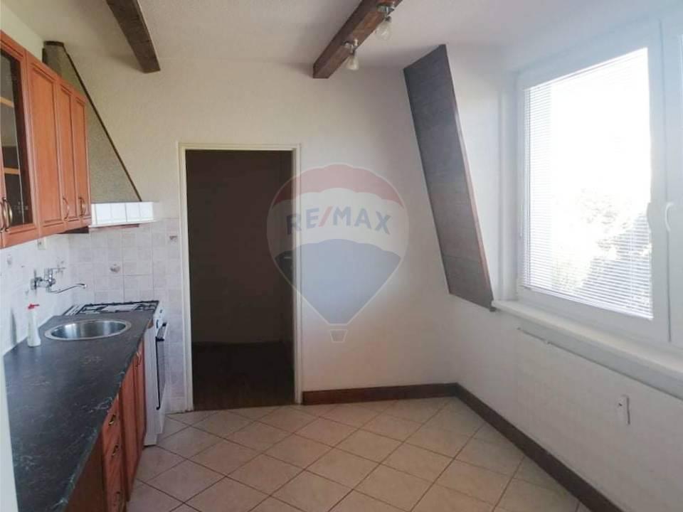 Na prenájom 3i byt (80m2) s balkónom v Nitre.