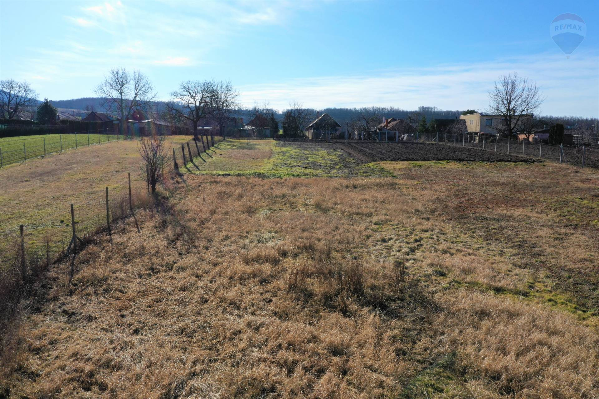 Predaj pozemku 1087 m2, Dolné Lefantovce - predaj pozemok Lefantovce