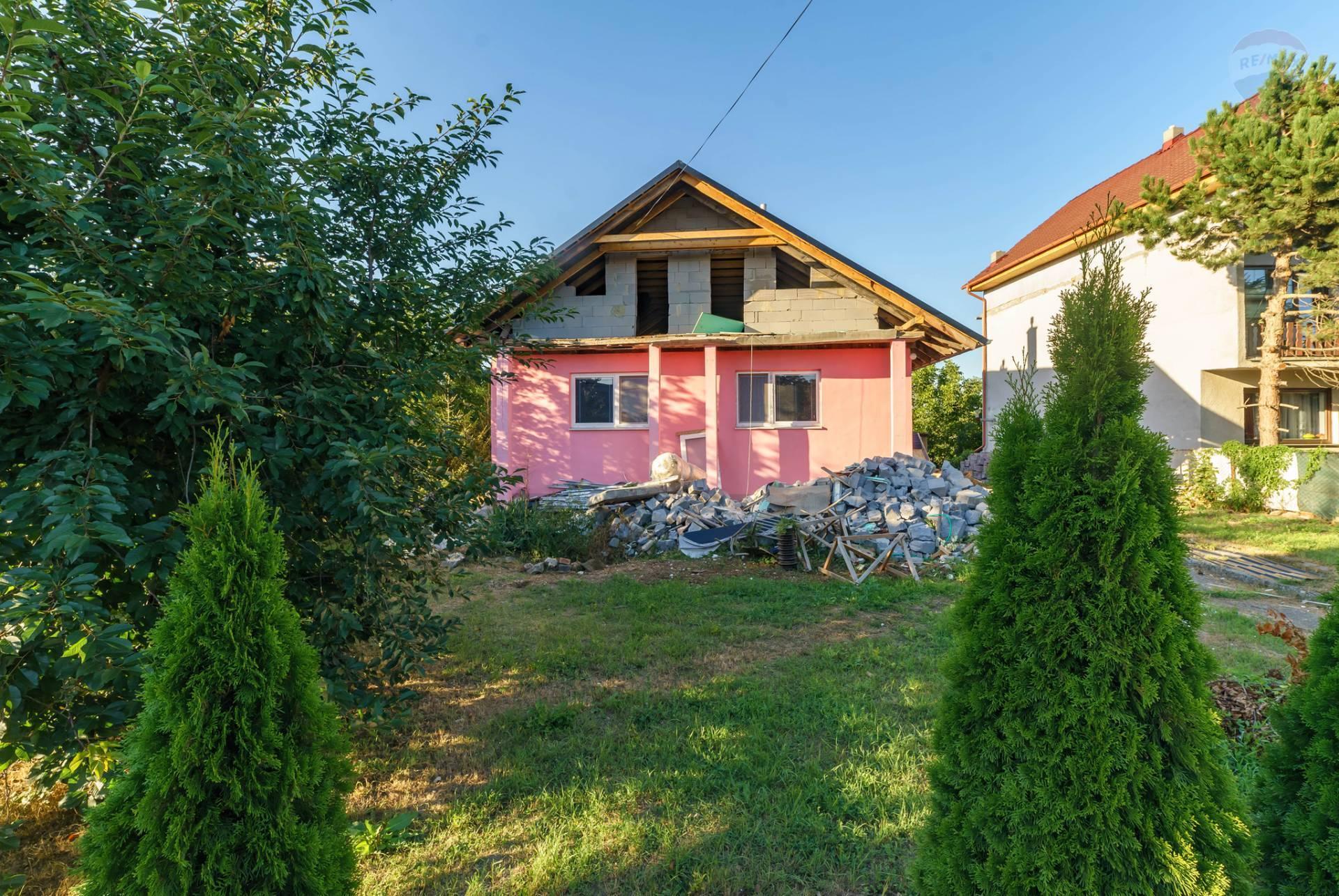 Predaj rodinný dom Ivánka pri Nitre.