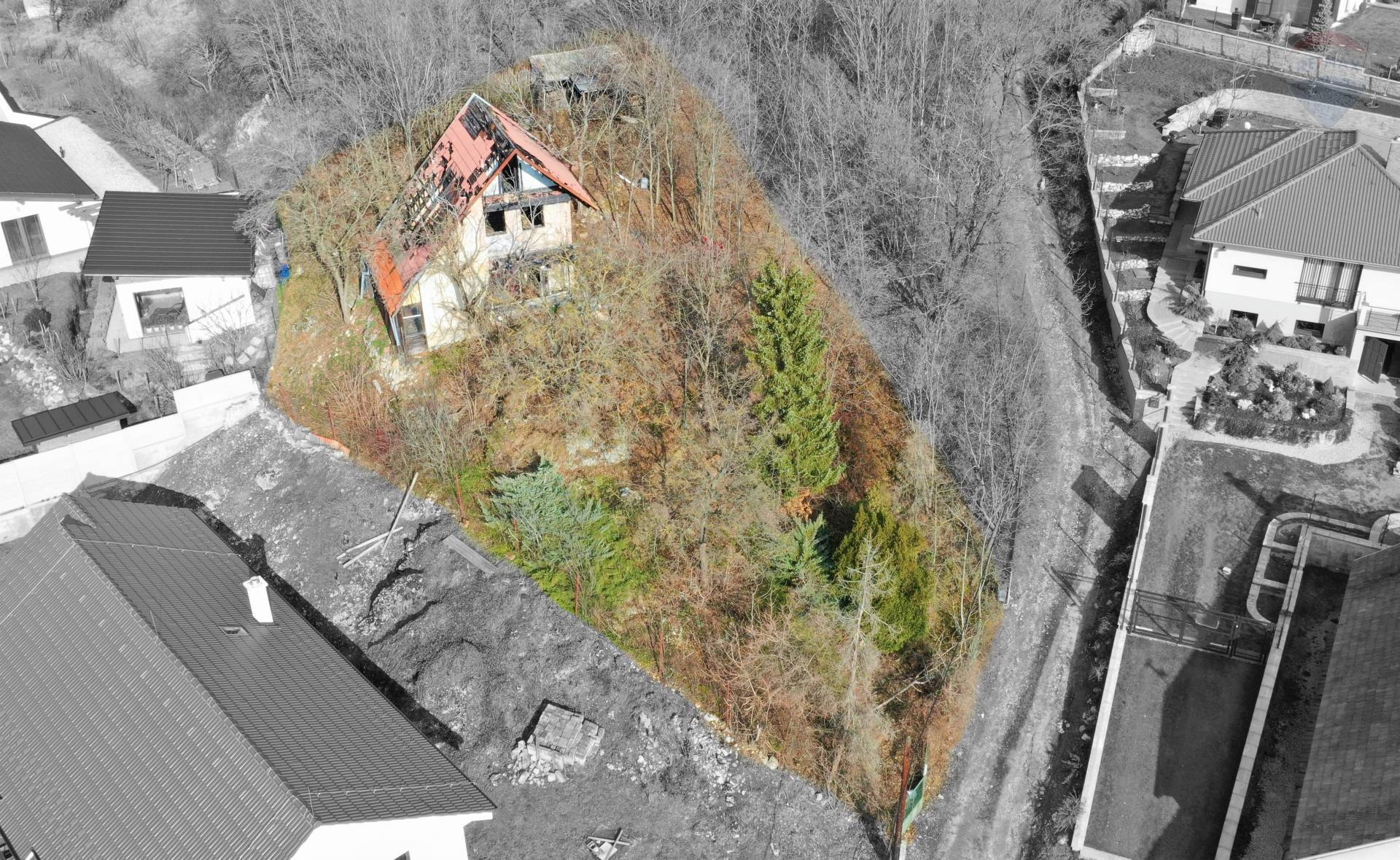 Predaj pozemku 703 m2, Štitáre - Na predaj pozemok, chata, Štitáre