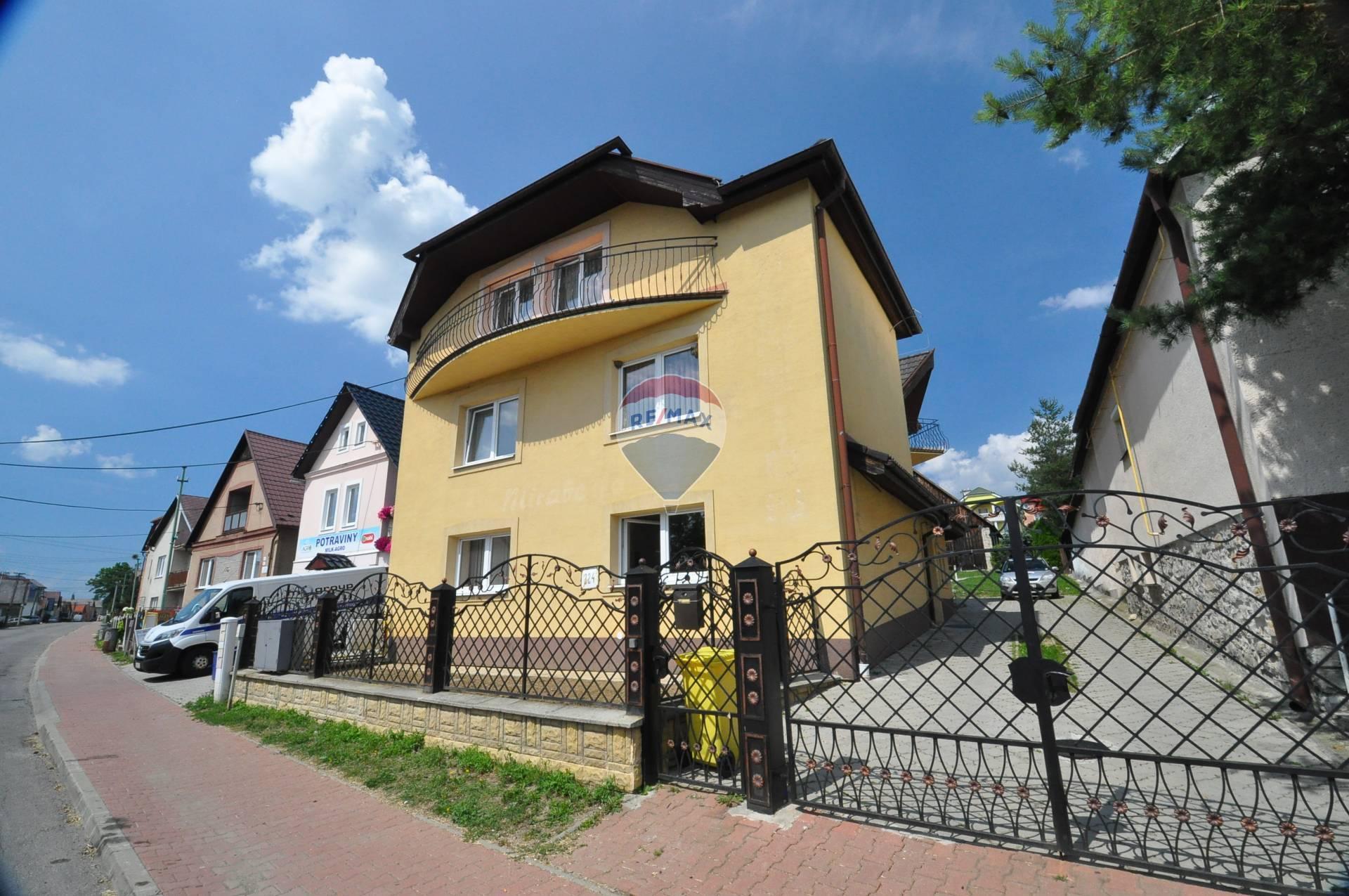PRENÁJOM 8-izbový rodinný dom, Štrba, Ul. Hlavná