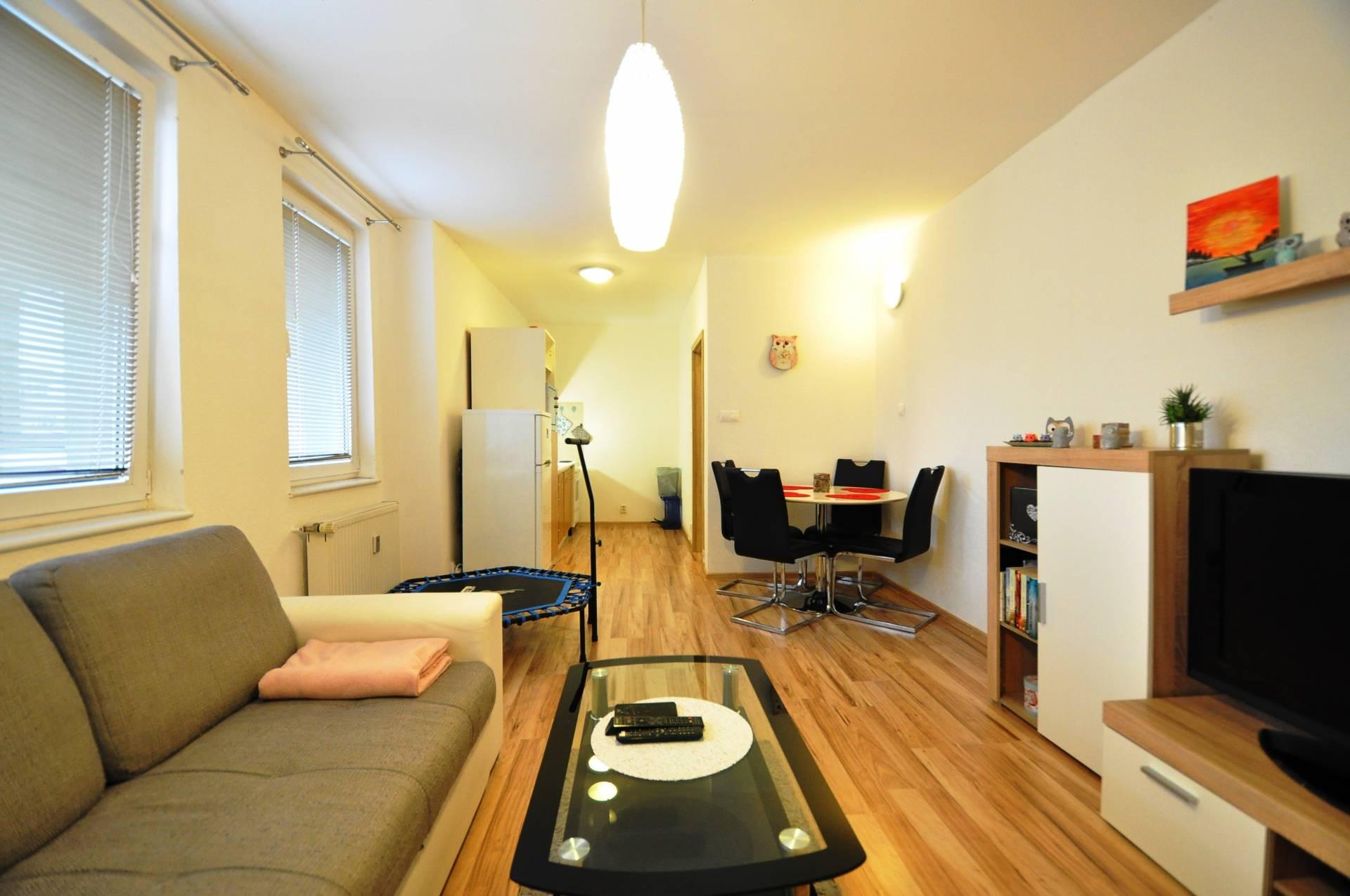 PRENÁJOM, 2-izbový byt, Poprad, Ul. Ludvíka Svobodu,