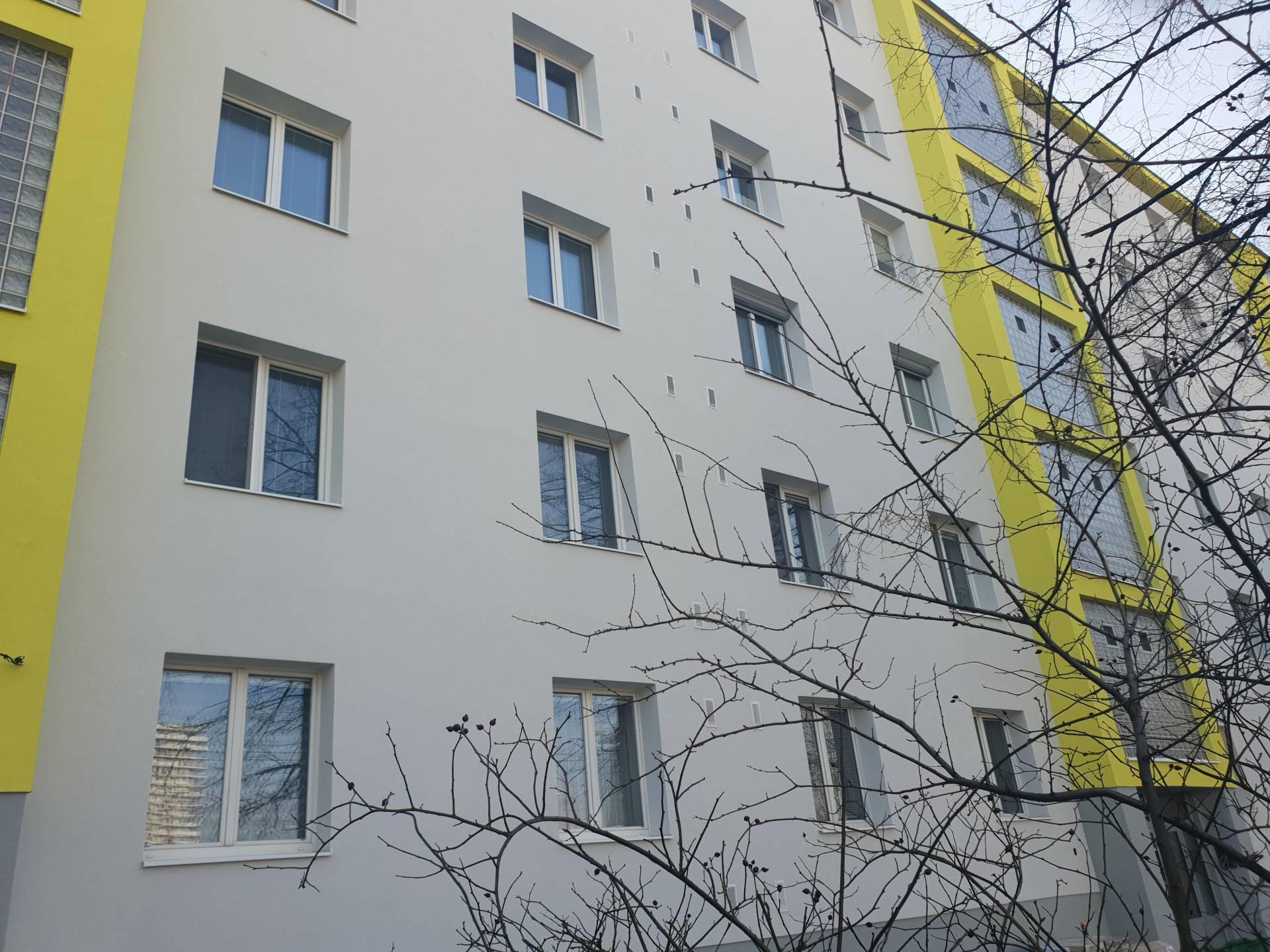 Prenájom bytu (3 izbový) 76 m2, Bratislava - Ružinov