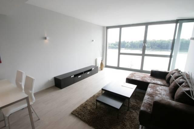Prenájom bytu (2 izbový) 73 m2, Bratislava - Ružinov