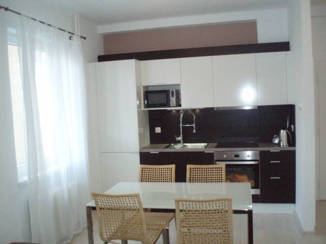 Prenájom bytu (2 izbový) 51 m2, Bratislava - Nové Mesto