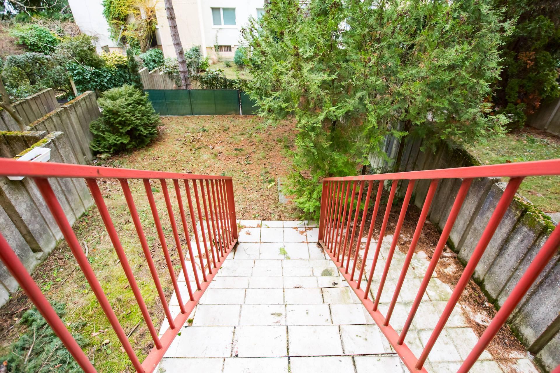 Predaj bytu (4- izbový) 84,36 m2, Bratislava - Dúbravka